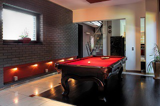 professional billiard table refelting in Tucson content img2